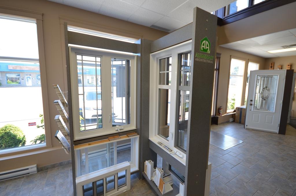 Salle de montre armoires de cuisine portes et fen tres for Armoires de cuisine et plus inc
