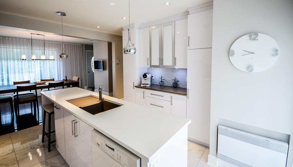 Brunet4 armoires de cuisine portes et fen tres for Armoires de cuisine et plus inc