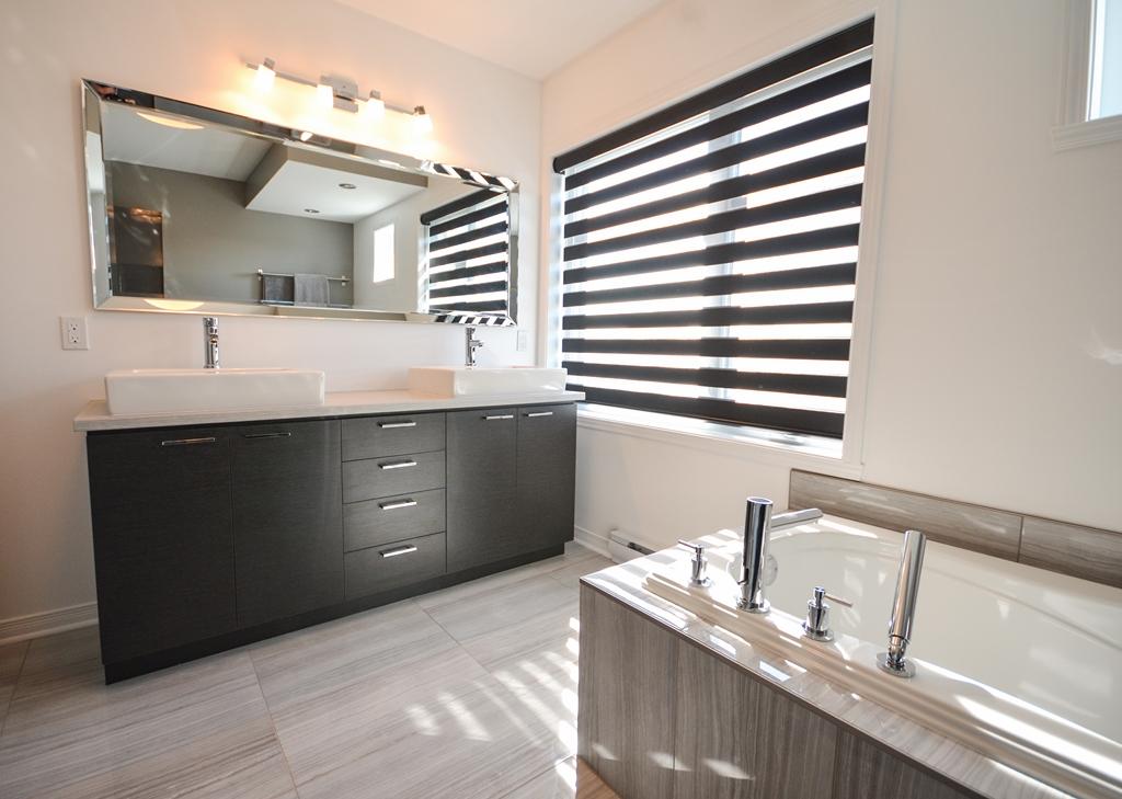 Salle de bain archives armoires de cuisine portes et for Armoires de cuisine et plus inc