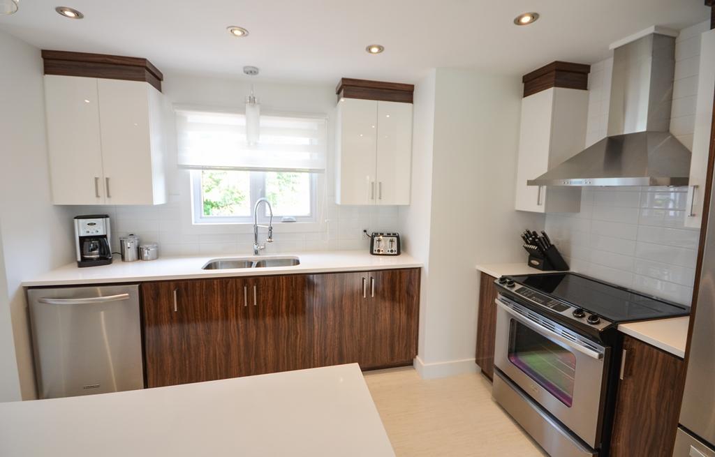 Primeau5 armoires de cuisine portes et fen tres for Armoires de cuisine et plus inc