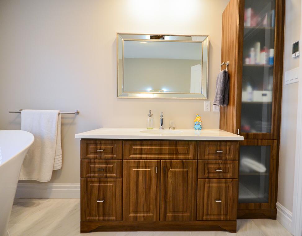 Dsc 0809 armoires de cuisine portes et fen tres for Armoires de cuisine et plus inc