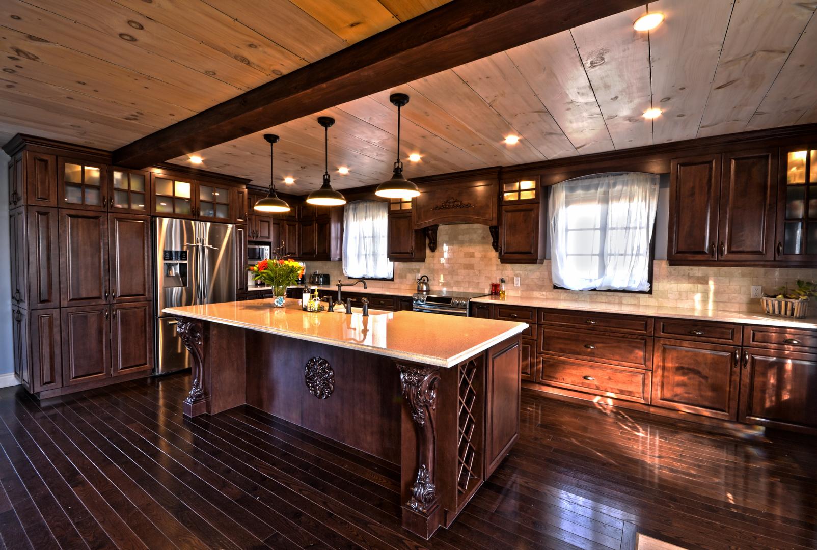 Robidoux 1 armoires de cuisine portes et fen tres for Armoires de cuisine et plus inc